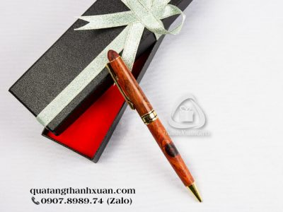Bút Gỗ Sưa Thân Xoay Nâu Đỏ Phối Vàng - GSU01