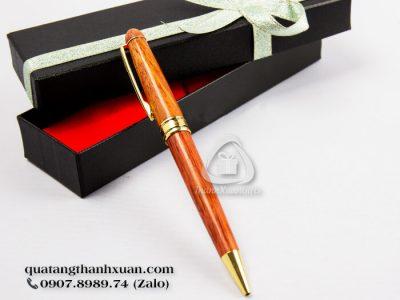 Bút Gỗ Trắc Kiểu Xoay Thân To Viền Vàng - GT01